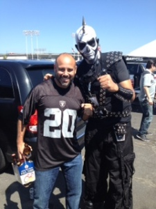 Oakland Coliseum - tailgating